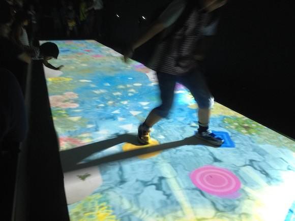 チームラボアイランド 学ぶ!未来の遊園地